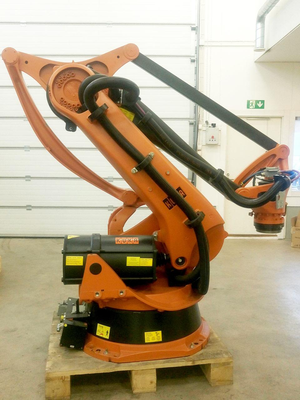 KUKA: Käytetyt teollisuusrobotit