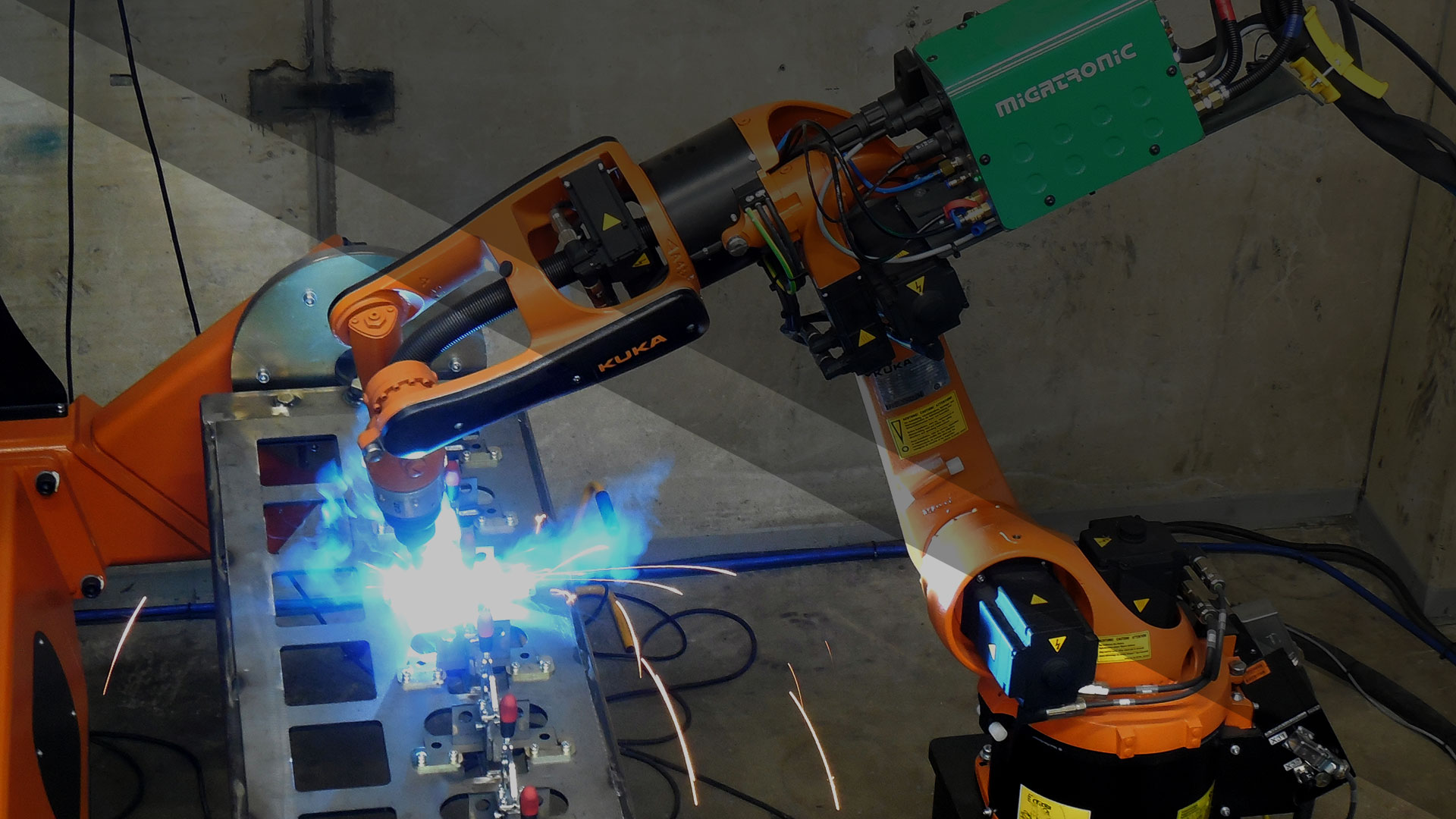 KUKA, Fanuc, OTC ja Nachi -robottiasemien siirrot sekä uudelleenasennukset ja käyttöönotot