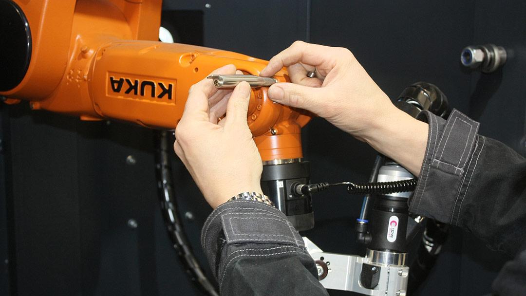 Teollisuusrobottien korjaus